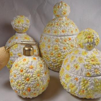 Daisy Flower Perfume Atomizer Vanity Set Italy 1960s - Bottles