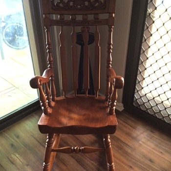 Solid wood rocking chair - Furniture
