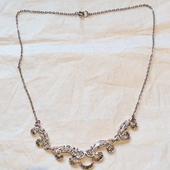 Antique/vintage necklace - Fine Jewelry