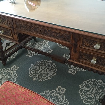 Carved Barley Twist Executive Desk