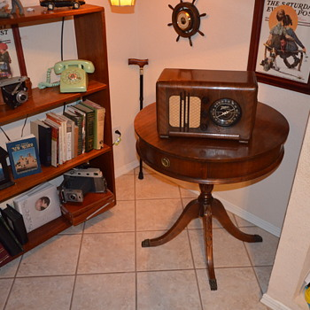 1937 Zenith Table Radio