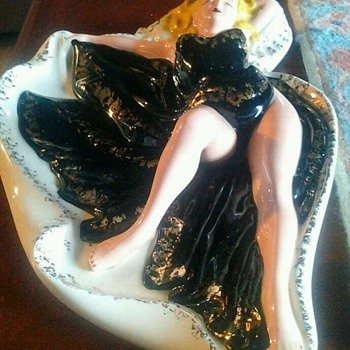 Holland Mold Vintage Pinup Ashtray - Art Pottery