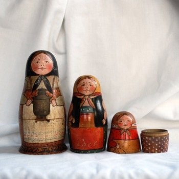My Favorite Old Russian Matryoshka Dolls