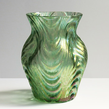 Loetz Oceanik 'Wellenoptisch' Vase, c. 1904
