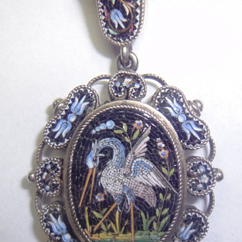 Very Beautiful, very old Vermeil/Silver Micro Mosaic Crane Pendant - Fine Jewelry