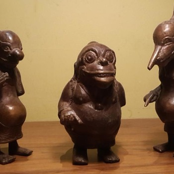 bronze figurines - Figurines