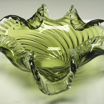 "Swirly Green Glass Bowl""Chalet,Canada""Mid XX Century"