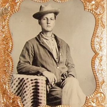 Union soldier in a sack coat