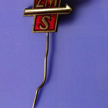 Ski pin or climbing pin? - Medals Pins and Badges