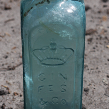 ~~~Old Gin Bottle~~~