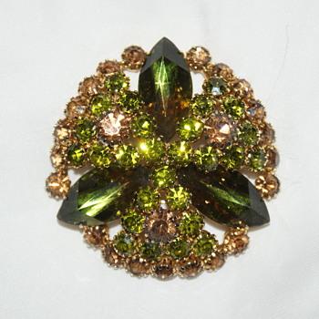 Vintage Hobe Rhinestone Brooch - Costume Jewelry