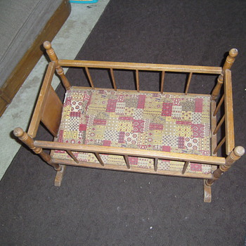 Cass Toys Doll Cradle - Dolls