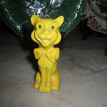 GRAFTON CHINA YELLOW CAT FIGURINE - Animals