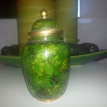LITTLE CLOISONNÉ JAR