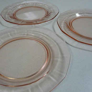 "Lot of 3 Pink Depression Glass Plates 8-1/2"" Salad Plates"