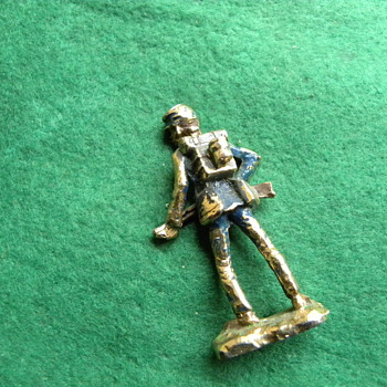 "Toy Soldier - mad from Lead, but could be Brass - 3 1/2 "" tall - Toys"