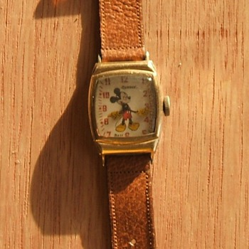 "1946-47 ""Oddity"" Mickey Mouse Watch - Wristwatches"