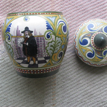 IVORA GOUDA  - Pottery