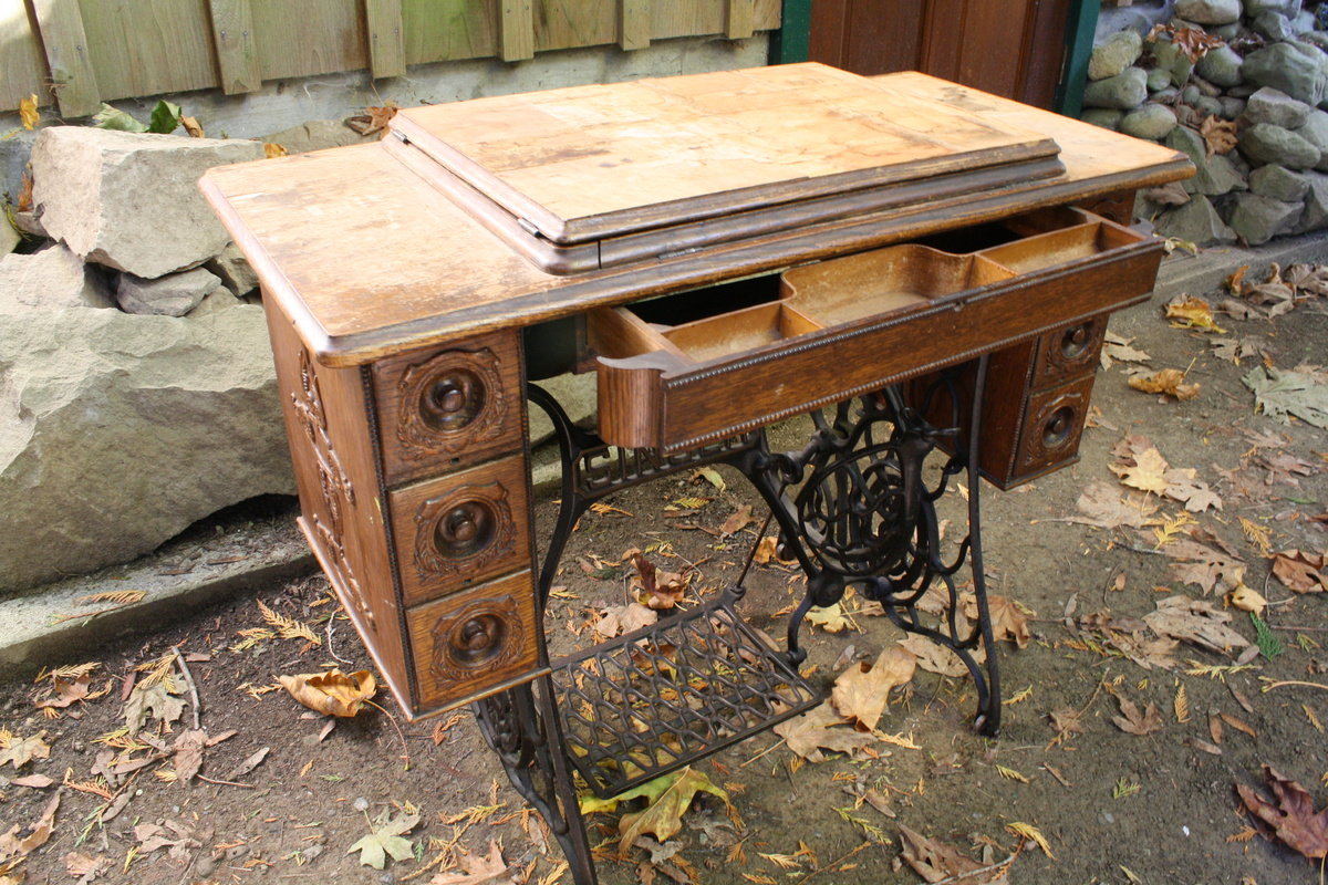 Singer Treadle Sewing Machine 1914 Collectors Weekly