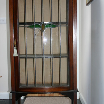 Display cabinet, Edwardian circa 1895 - Furniture