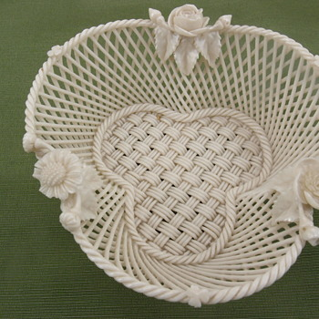 Belleek Flowered Shamrock Basket - 1st period - Pottery