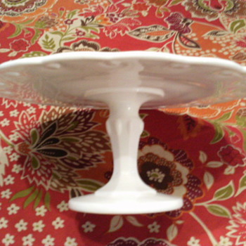 Just love milk glass cake stands! - Glassware