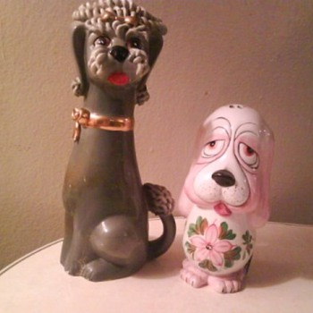 VINTAGE DOGS - Art Pottery