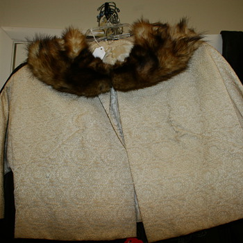 Vintage Bolero Jacket with fur collar