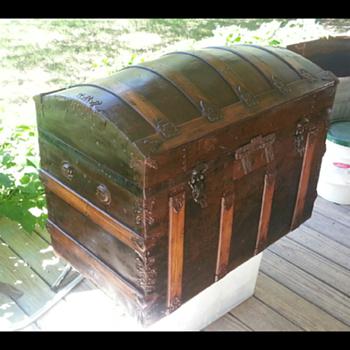 my old trunk - Furniture