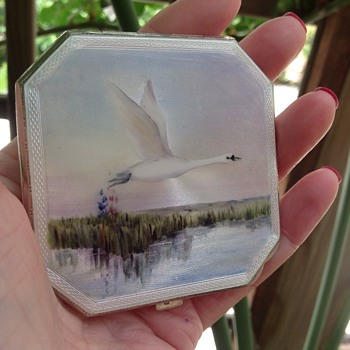 Vintage Enamelled silver compact - Accessories