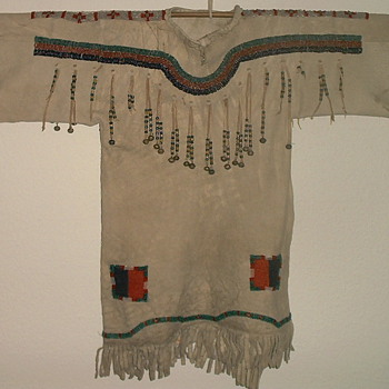 Blackfoot Girls Dress 1890 Buckskin and Beadwork