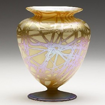 Quezal Urn - Art Glass