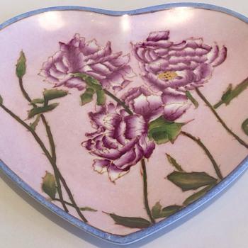 Stunning heart shaped plate