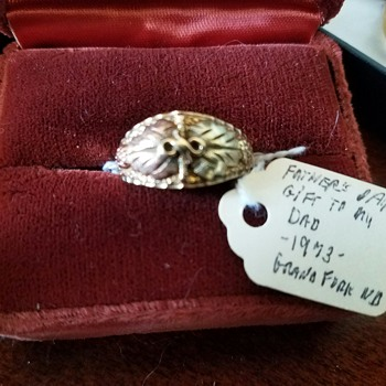 Black Hills Gold Ring - my Mom LOVED these rings (from early 70's)