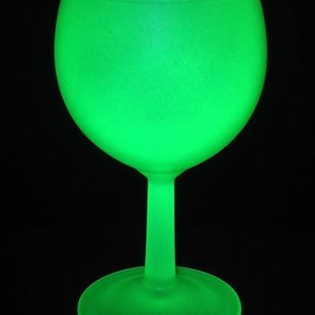 French uranium wine glass  - Glassware
