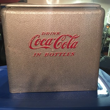 Was my wifes Grandparents cooler - Coca-Cola
