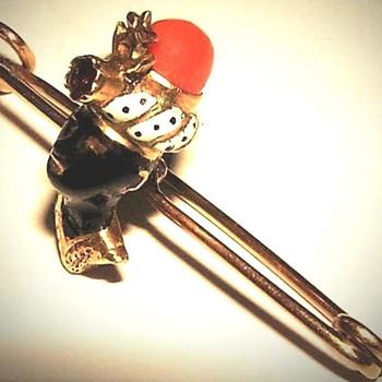 Gold Enameled Coral Garnet Blackamoor Brooch Pin - Fine Jewelry
