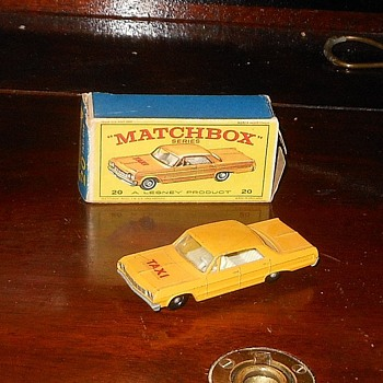 Matchbox #20 Chevrolet Taxi - Model Cars