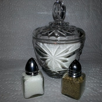 Teeny Tiny Salt and Pepper Shaker Set...