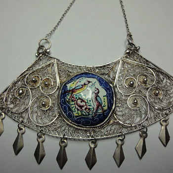 Wonderful Persian Enamel Silver Filigree Necklace. - Victorian Era