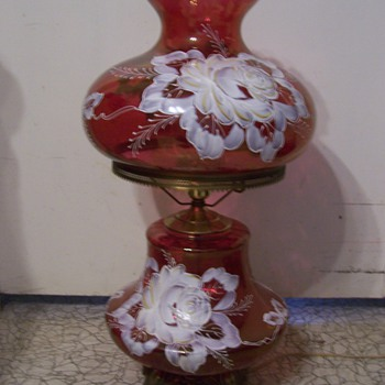 Double Globe lamp with rose glass and painted flowers