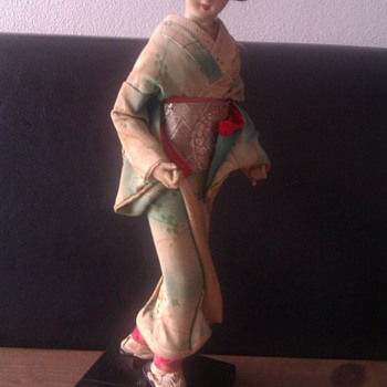 Old little Geisha - Dolls