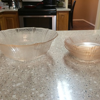 Depression glass - Glassware