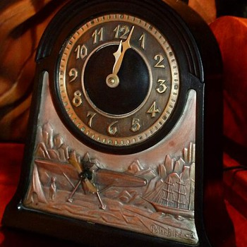 Vintage Chronart Polar Bird Shelf Clock - Clocks