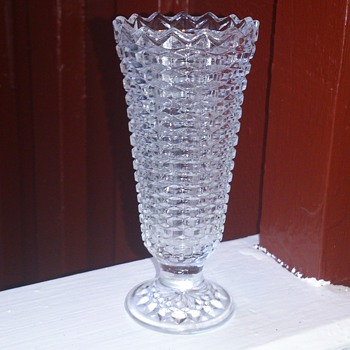 Victorian pressed glass vase Radeberg 1890