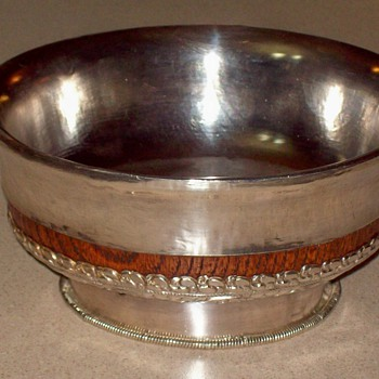Sterling Silver wood bowl . Need Help with Halmark I.D. - Silver
