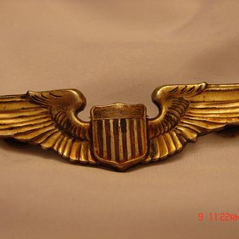 WW2 Pilots Insignia
