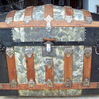 Antique Dome Top Trunk for 1890's - Victorian Era