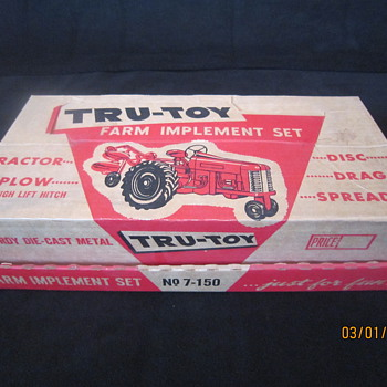 Early 1950's Tru-Toy No. 7-150 Complete with Box Die Cast Metal Tractor Plow Disc Drag Spreader Farm Implement Set - Model Cars