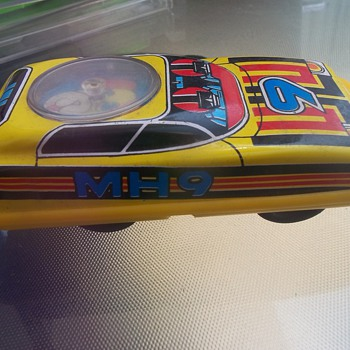 TOY FRICTION CAR